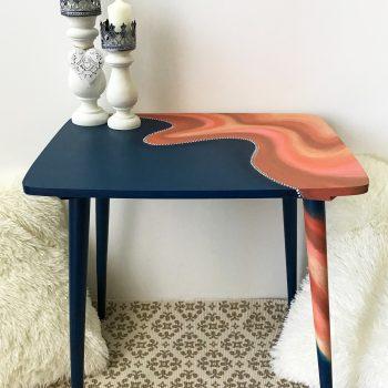 Retró asztalka